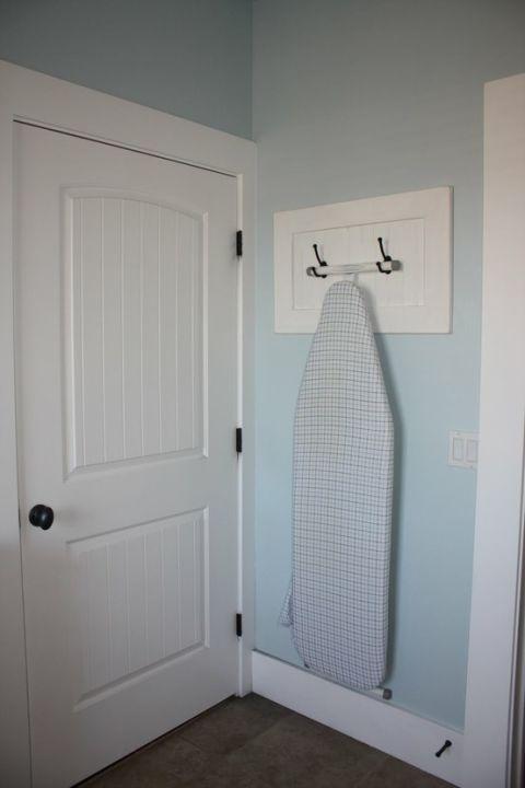 54fea0ff36edb ironing board hooks de.jpg