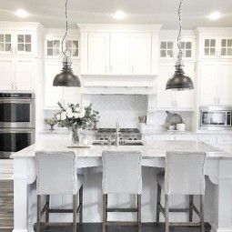 8dee3e613706d3bb2723fbd531e60690 white farmhouse kitchens farmhouse style kitchen.jpg