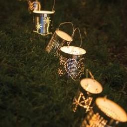 8e1967dd22150a7913ace287d8018242 tin can lights string of lights.jpg