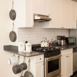 Gallery 1493067841 ghk kitchen purge pots and pans wall.jpg