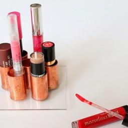 Lipstick holder.jpg