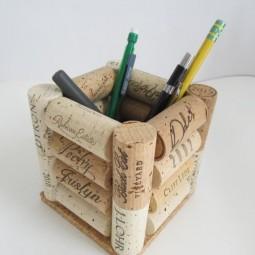 108dcaca080cbaa02c53e757b894be20 wine cork crafts pencil holders.jpg