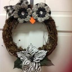 Db0045224394742174361b407ae75111 wreath ideas owl wreaths 1.jpg