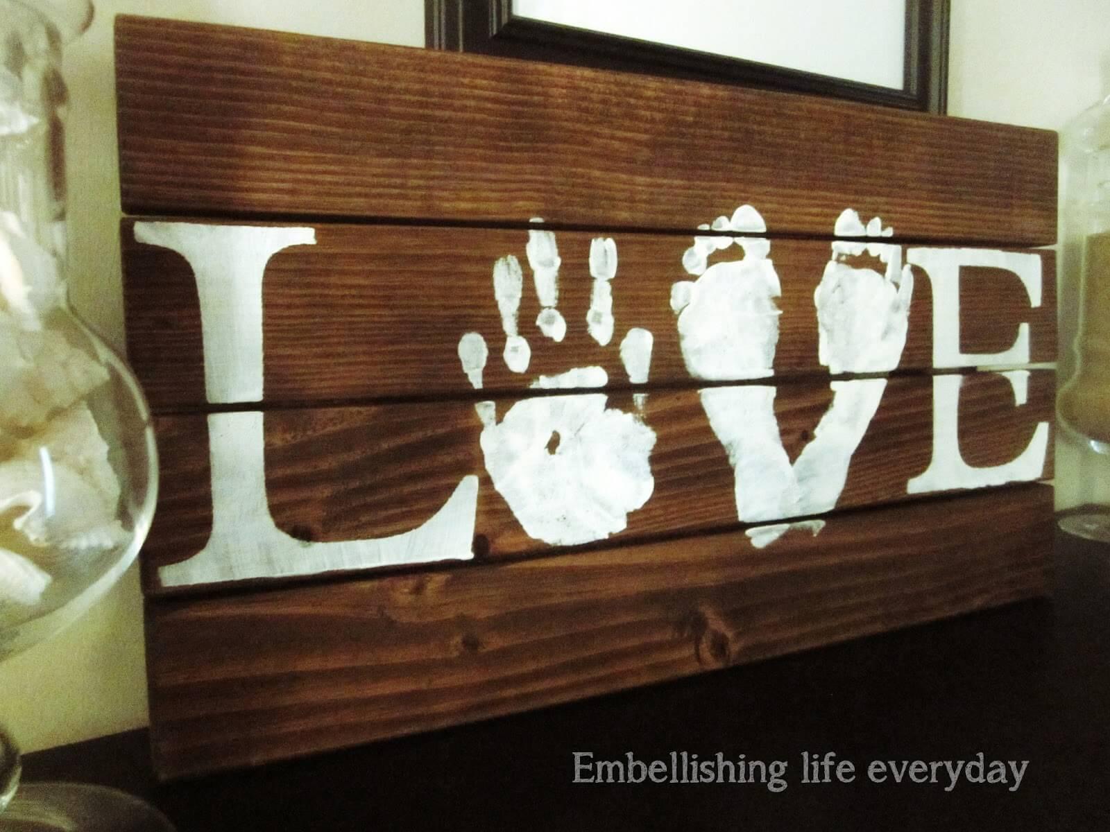 08 rustic love wood signs ideas homebnc.jpg