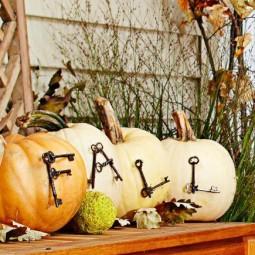 Pumpkin decorating 101655536v1.jpg