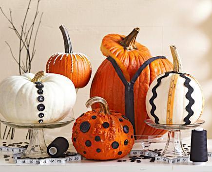 Pumpkin decorating 101821385v2.jpg