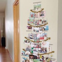 30 awesome christmas wall decor ideas 29.jpg