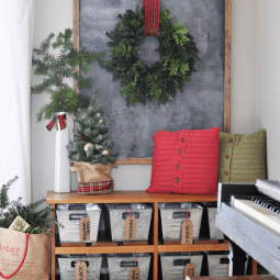 31 christmas wall decor ideas homebnc.png