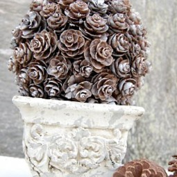 5 pine cone diy projects.jpg