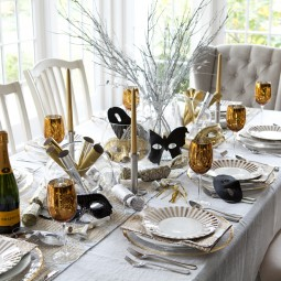 Best table decorations with vintage tableware for welcoming new year party.jpg