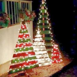 Christmas outdoor decoration christmas tree.jpg