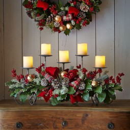 Dining Room Set Examples With Christmas Centerpieces For Your inside Christmas Floral Table Decorations