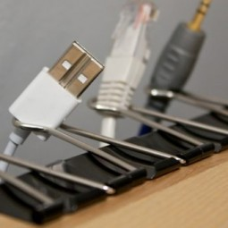 Binder clips cord storage hack e1462994255912.jpg