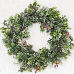 Faux boxwood christmas wreath finish center 1170x778.jpg