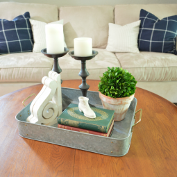 Simple farmhouse style vignette.png