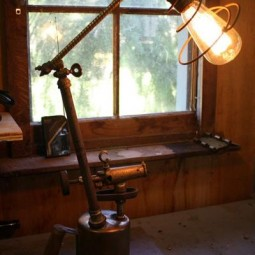 18_old_things_that_make_awesome_diy_lamps_ _i_like_that_lamp_ _9_grande.jpg