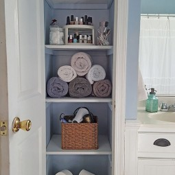 Functional bathroom storage and space saving ideas 4.jpg
