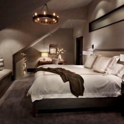 Schlafzimmer dachschraege gestalten bett wandgestaltung.jpg