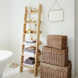 Badgestaltung ideen leiter regal tuchhalter rattankoerbe landhausstil beispiele.jpg