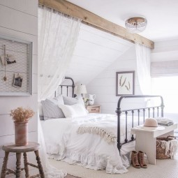 Rustic farmhouse master bedroom ideas 13.jpg
