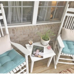 Shabby chic outdoor decor idea 9.jpg