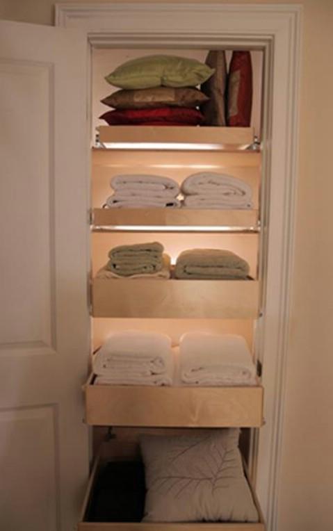 10 closet.jpg