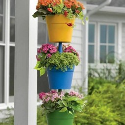 Hanging plants pots.jpg