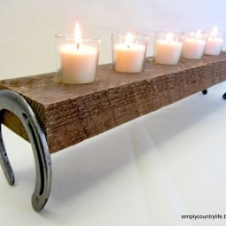 Horseshoe candle holder.jpg