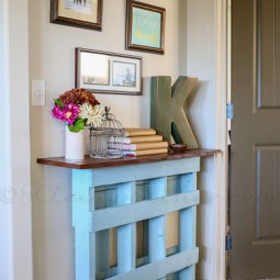 Pallet console table.jpg