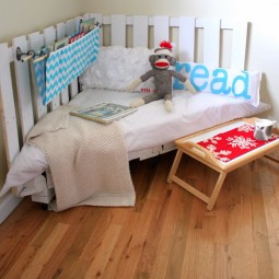 Reading nook made from two wooden pallets.jpg