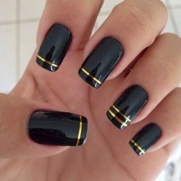 22 black nail designs that range from elegant to edgy 10.jpg