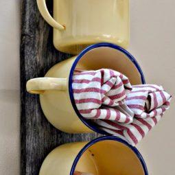 Enamel mug bathroom organizer.jpg