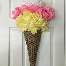 Ice cream cone wreath.jpg