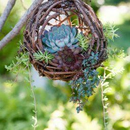 16 outdoor hanging planter ideas homebnc.jpg