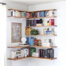 27 sneaky tips for small space living 3 683x1024.jpg
