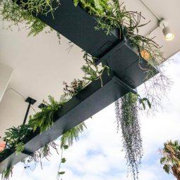 29 outdoor hanging planter ideas homebnc.jpeg