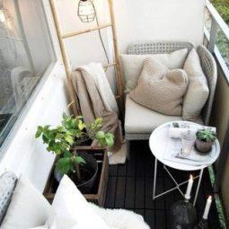 Easy and stylish small balcony design ideas 20.jpg