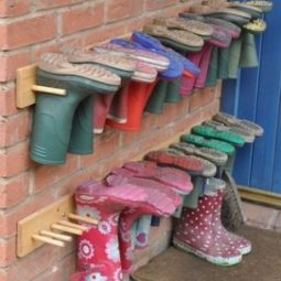 Boots on pegs @ remodelaholic.jpg