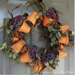 Flower pot wreath.jpg