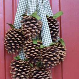 Creative pinecone fall decorations youll love 10.jpg