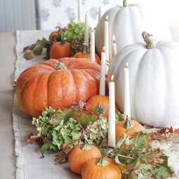 Welcoming fall table decorating ideas 04 1 kindesign.jpg