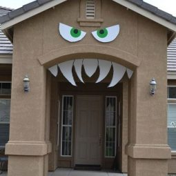 16 easy but awesome homemade halloween decorations archway.jpg