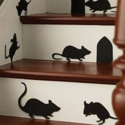 16 easy but awesome homemade halloween decorations mice.jpg