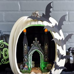 Diy pumpkin diorama 1 1 1532550289.jpg