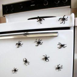 Halloween kitchen decor ideas 2.jpg