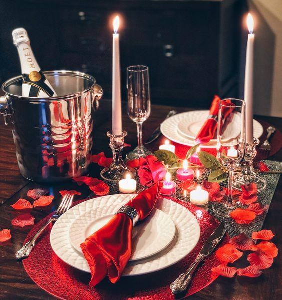 Romancehelpers.com_ 1.jpg