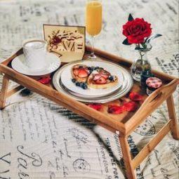 Romancehelpers.com_ 2.jpg