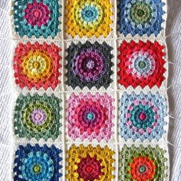 Color wheel granny squares new1_large500_id 2268644.jpg