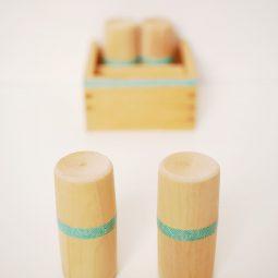 Diy montessori geraeuschdosen spielvariante 1 montessori blog montiminis.jpg
