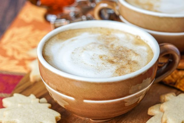 Maple cinnamon latte 1 of 4.jpg